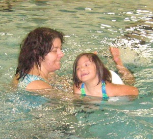 Christina swims with Mom 2007